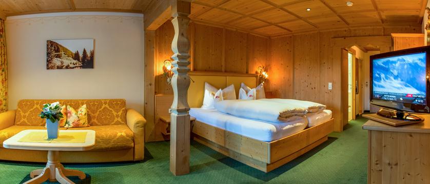 madlein-room-ischglerhof-ischgl-austria.jpg